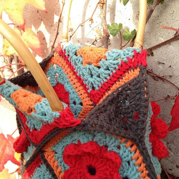 bymami hækle hæklet taske firkant med blomst bambushåndtag opskrift