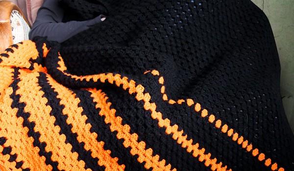 hæklet tæppe striber opskrift bymami crochet afghan throw stripes granny