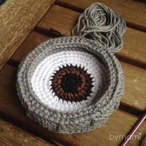 bymami hækle hæklet opskrift gratis freebie minion minions stuart pattern free crochet crocheted øje øjne brille briller eye glasses