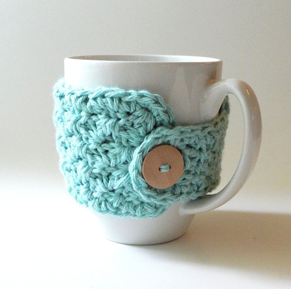 https://bubblegirlknitandcrochet.wordpress.com/2012/03/12/mug-cozy-pattern/