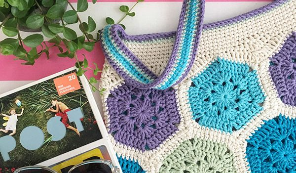 bymami bymamidk hækleblog blog hækle hæklet crochet crocheted diy opskrift pattern gratis free freebies hæklede kreativ krea hånd håndarbejde håndlavet handmade taske dametaske strandtaske håndtaske skuldertaske hæklerier opskrift free gratis pattern handbag bag purse tote beach summer drops loves you paris